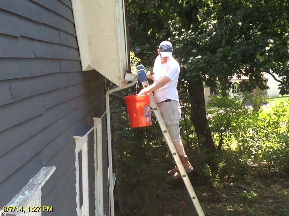 B 1407432466 75CA859D 1C5F 40A0 AB30 3BC217E4B4B6 1 - Gutter Covers or Gutter Cleanings: Which Is Right For You?